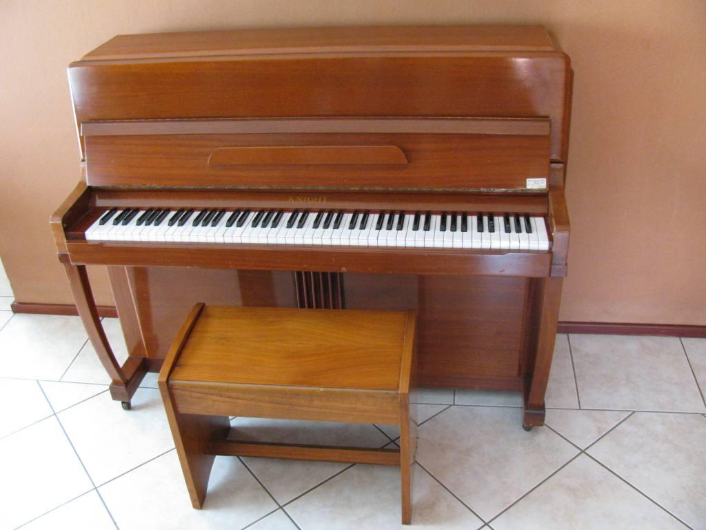 No 05 Knight Piano & Stool - R390.00 pm